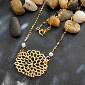 A-055 Hydrangea flower necklace, Si..