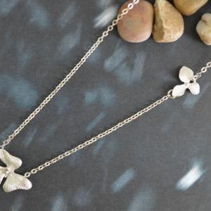 A-035 Two flower pendant, Unbalance..