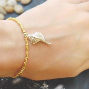 C-055 Gold Beaded bracelet, Seed be..