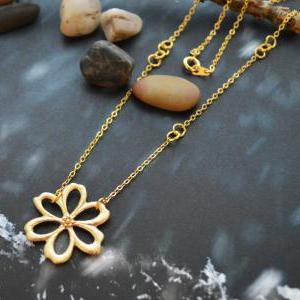 A-166 Flower necklace, Jump ring ne..