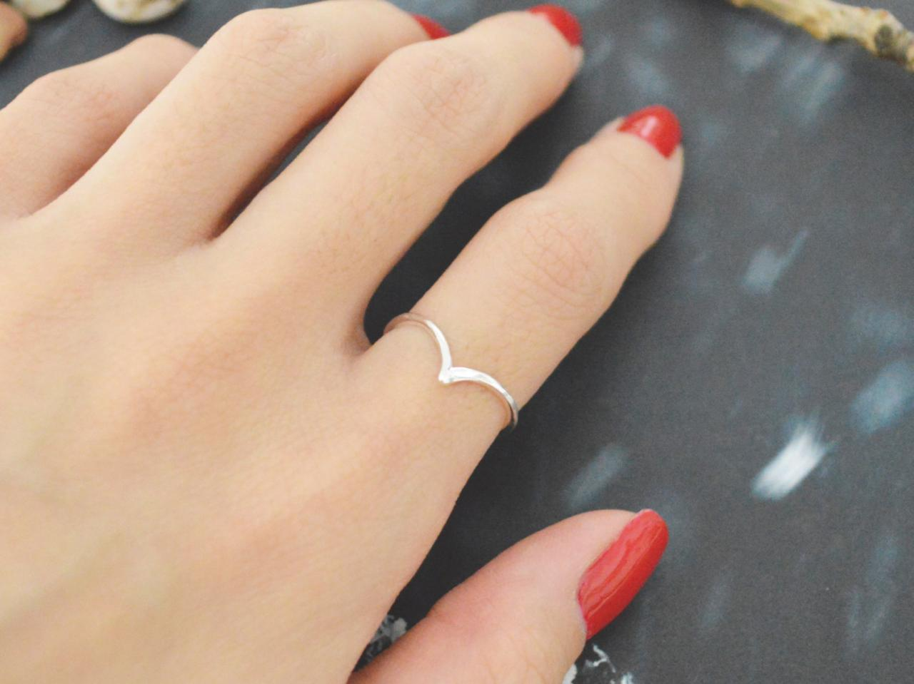 E-058 Chevron ring, Triangle, Simple ring, Modern ring, Silver plated ring/Everyday/Gift/