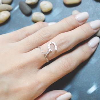 E-49 Horseshoe ring, Horse's hoof ring, Chain ring, Simple ring, Modern ring, Silver plated ring/Everyday/Gift/